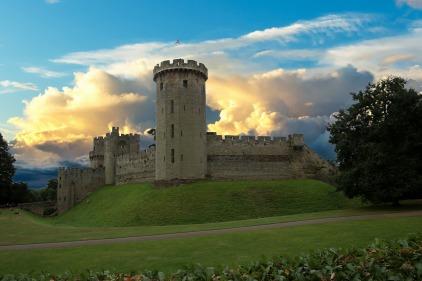 warwick-castle-2484196_1280